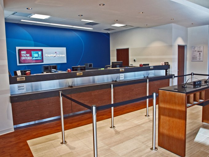 Capital One Bank Timber Creek Crossing